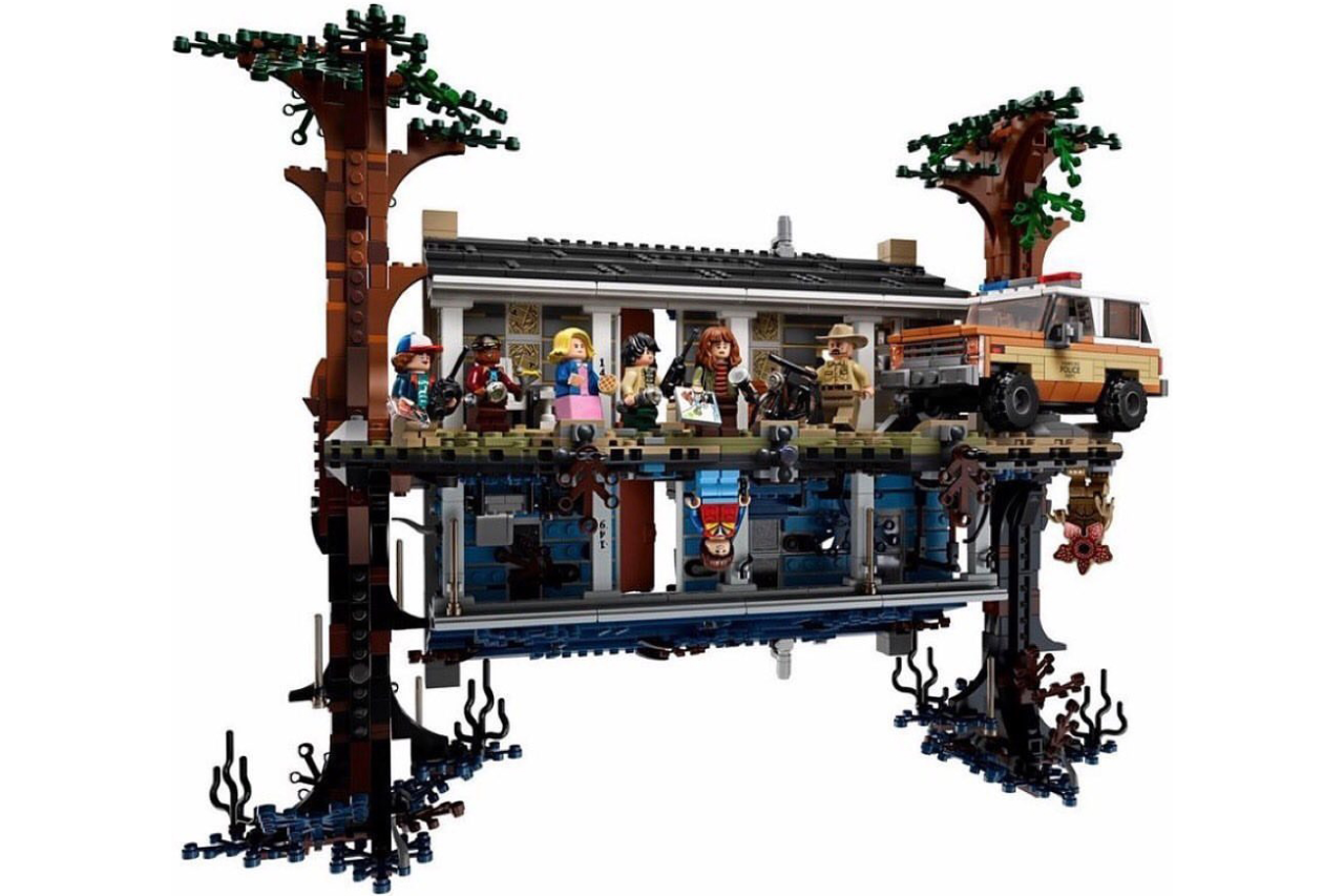stranger-things-lego-set-front