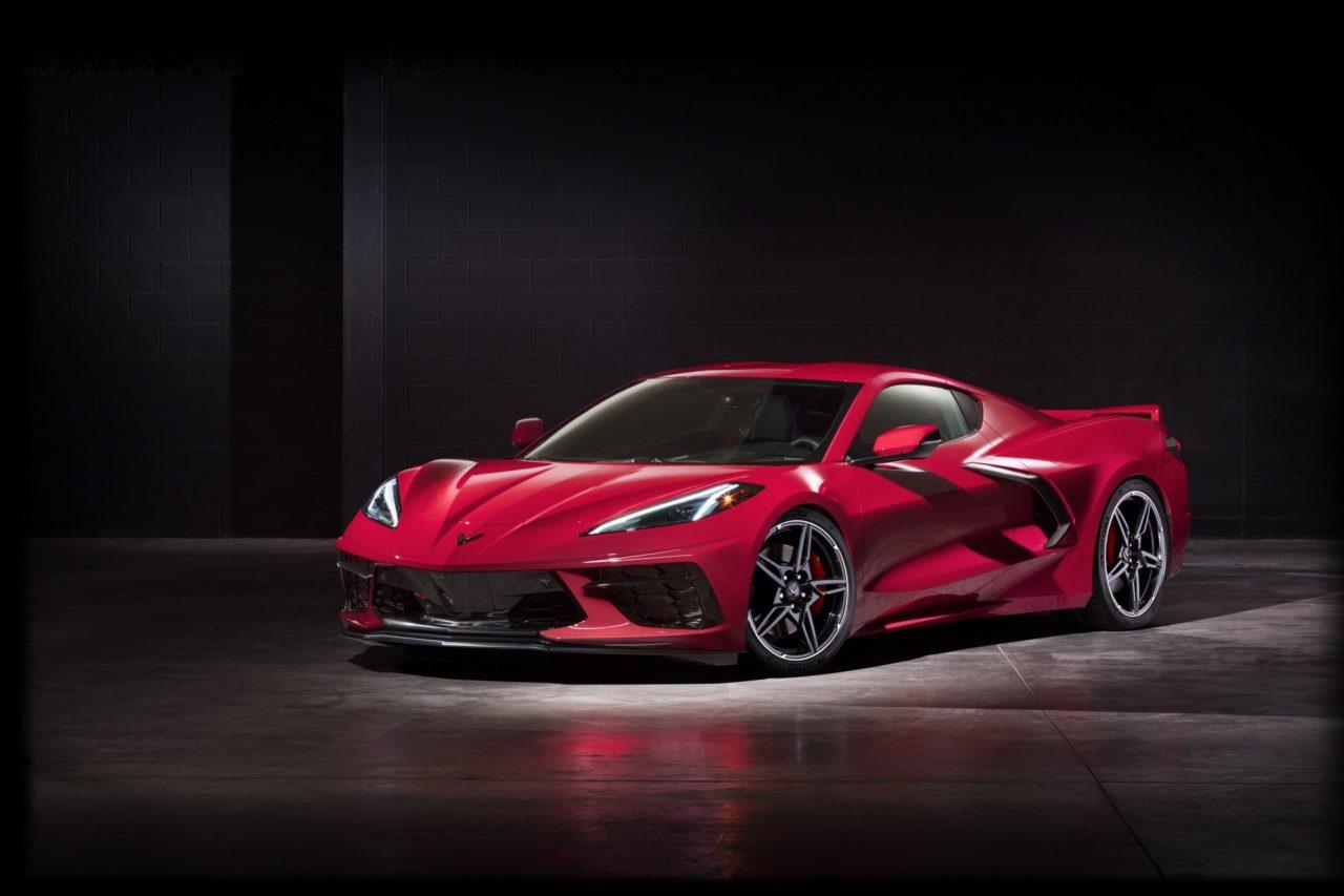2020-corvette-c8-stingray-48
