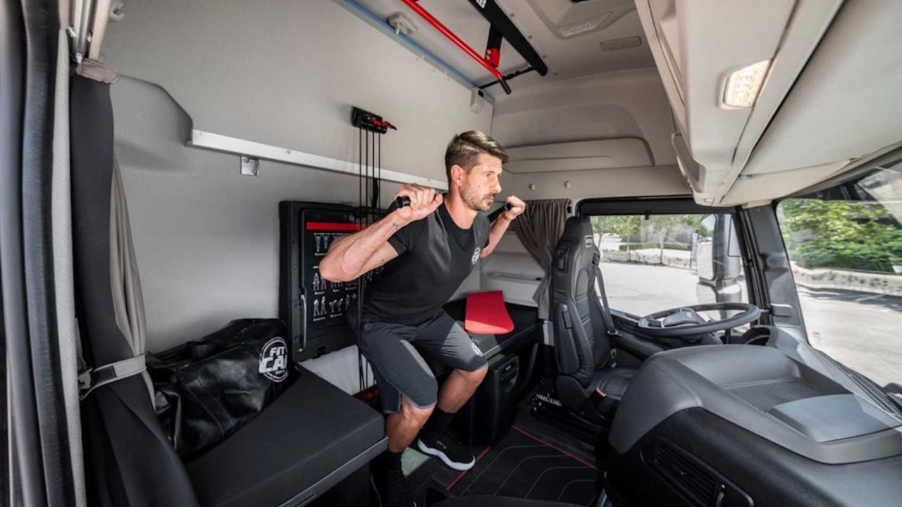 iveco-s-new-semi-is-a-rolling-home-gym-for-on-the-go-fitness (4)