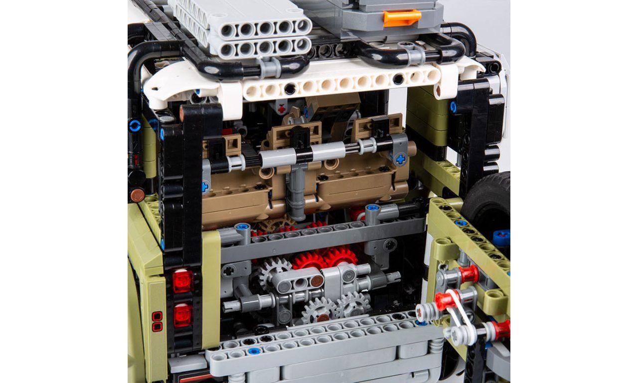 2020-land-rover-defender-lego-technic-19