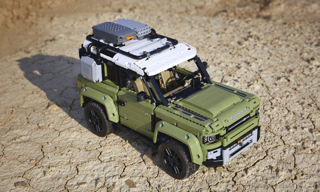 2020-land-rover-defender-lego-technic-6