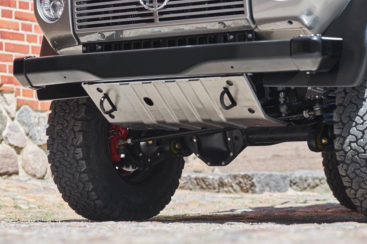 1-004-Convertible-Mercedes-G-250-083940