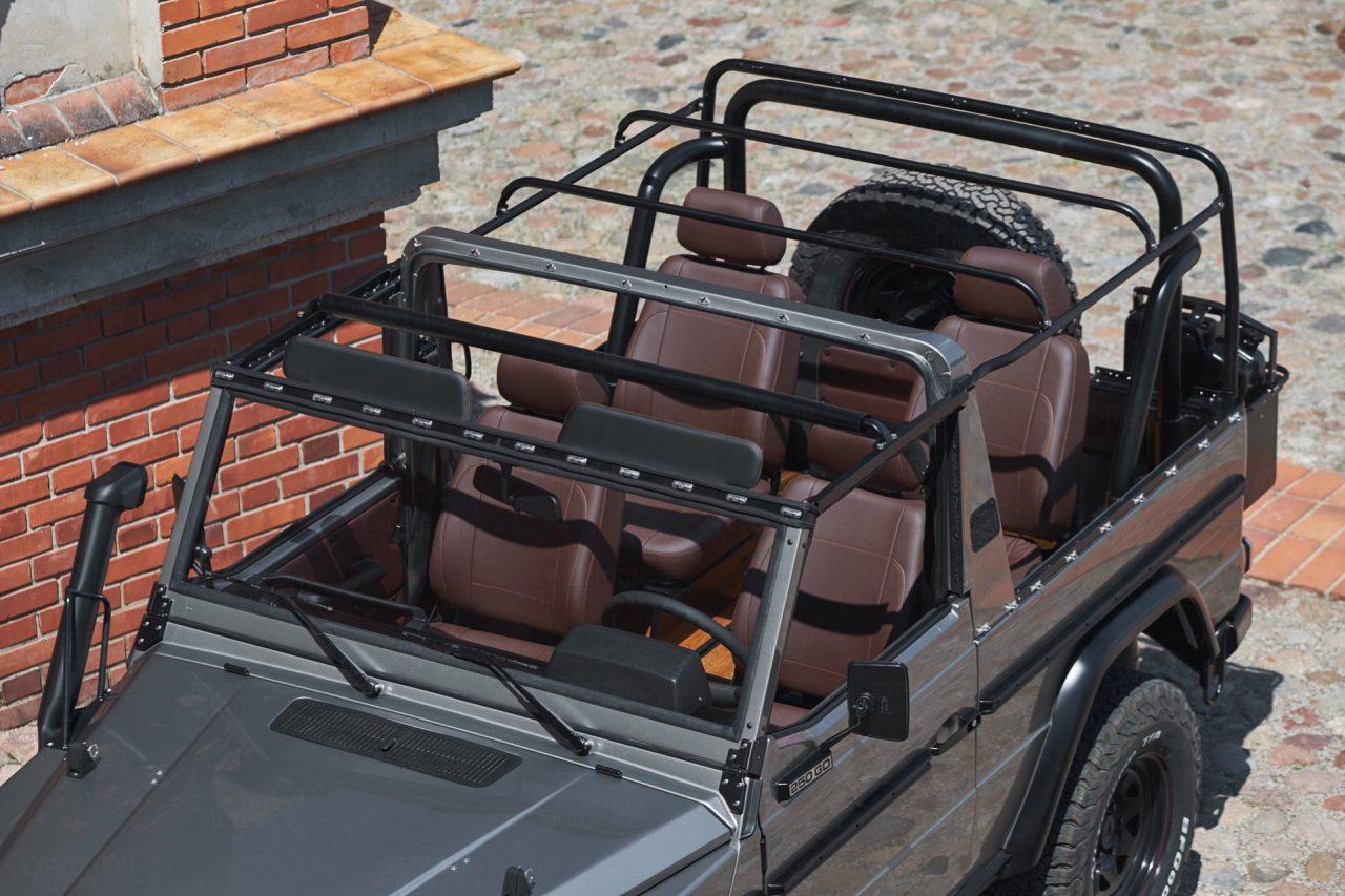 2B-032-Convertible-Mercedes-G-250-083940-org