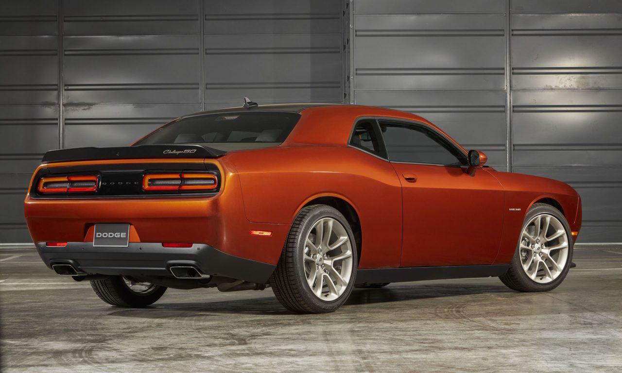 Dodge Challenger 50th Anniversary Edition-5