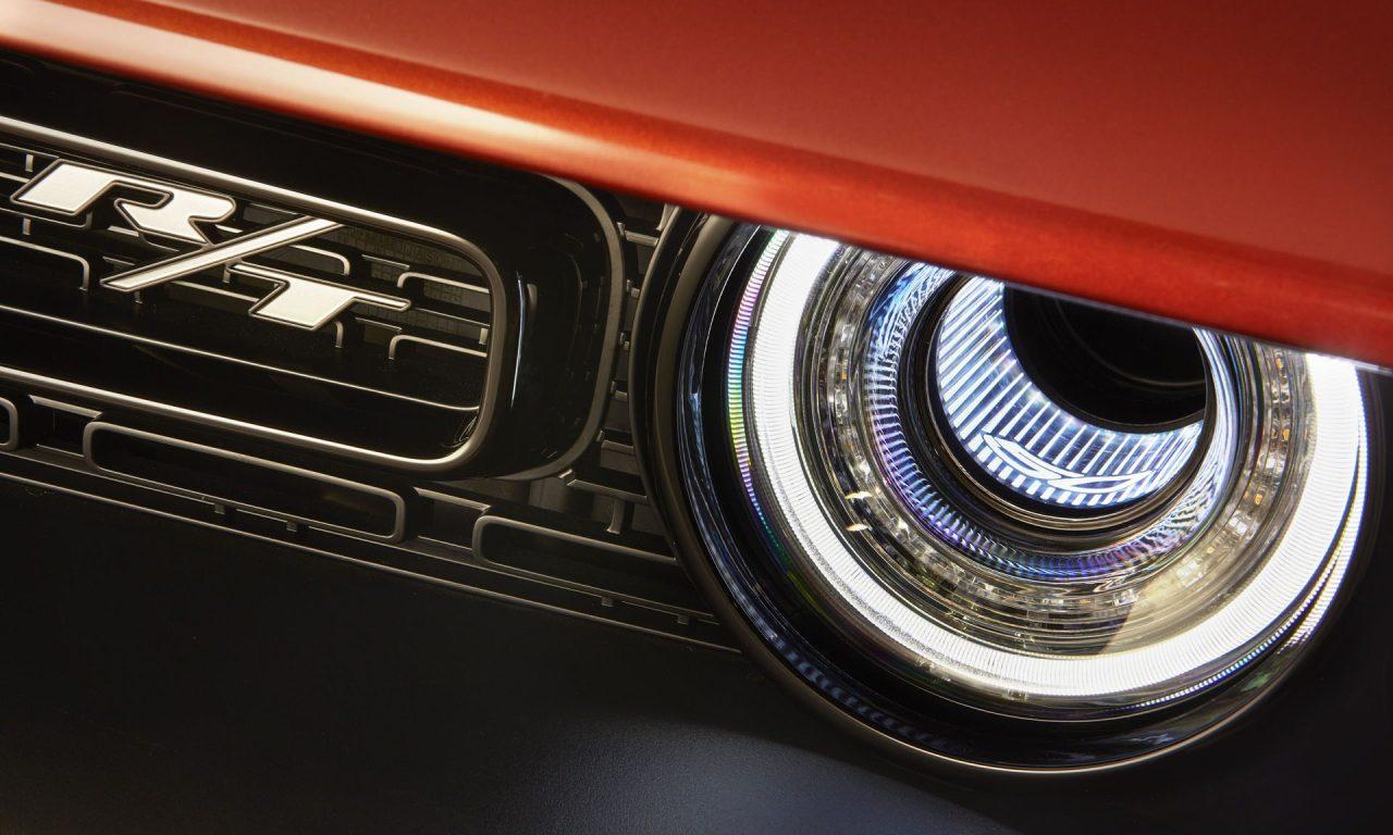 Dodge Challenger 50th Anniversary Edition-6