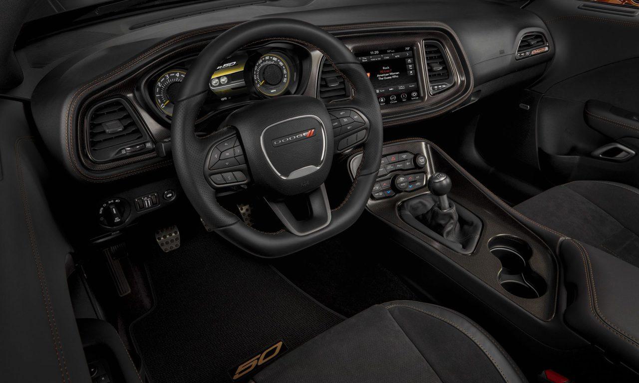 Dodge Challenger 50th Anniversary Edition-9
