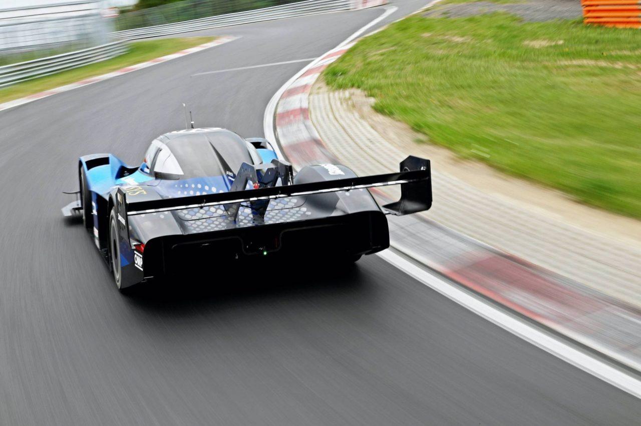 VW-ID.R-electric-race-car-2