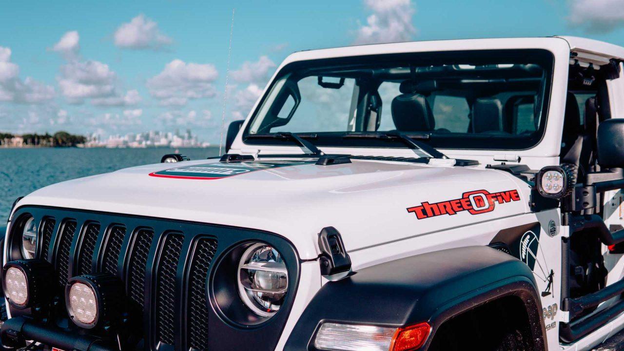 jeep-gladiator-wrangler-305-edition (2)