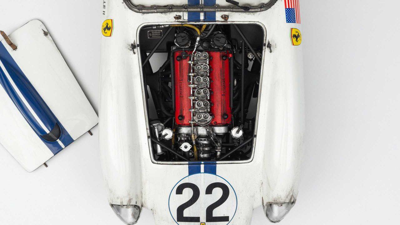 1958-ferrari-250tr-58-le-mans-winner-1-8-scale-model (7)