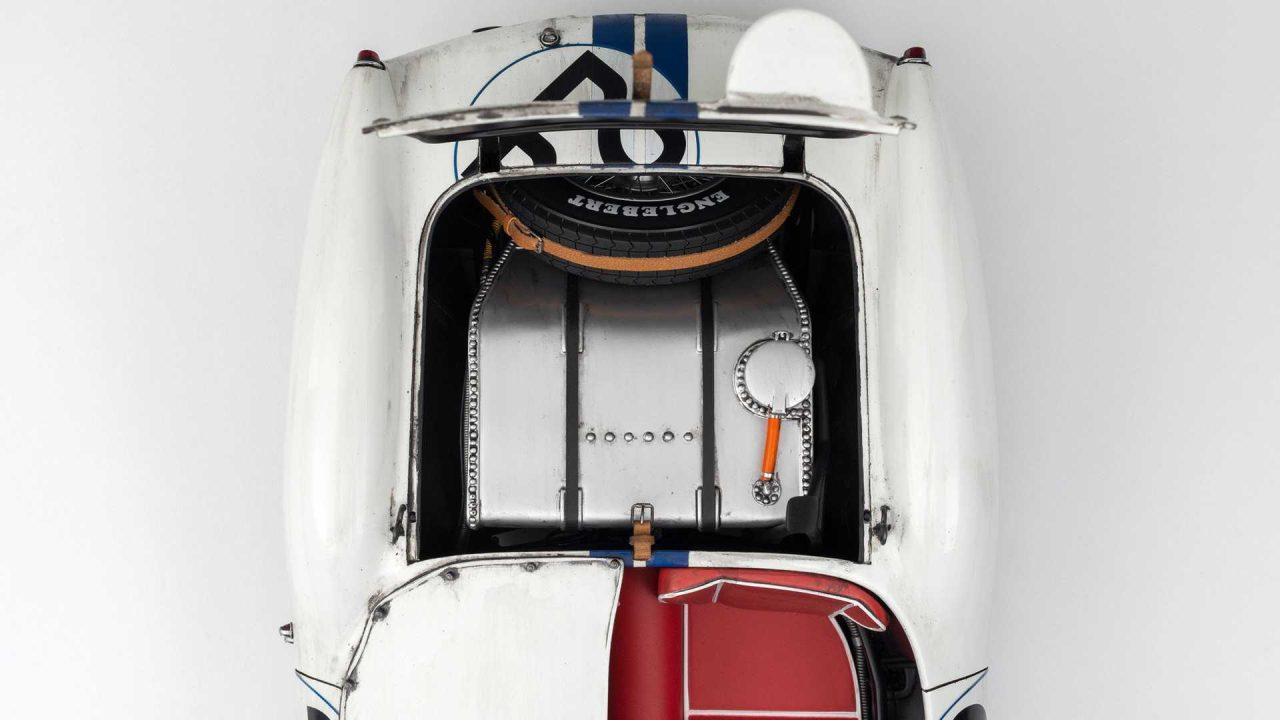 1958-ferrari-250tr-58-le-mans-winner-1-8-scale-model (8)