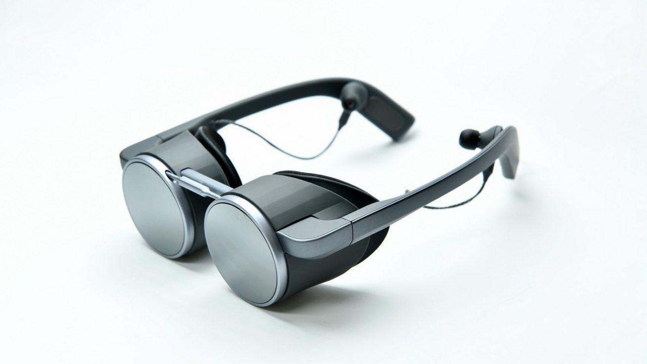 Panasonic Corporation of North America Main-VR-Glass-1—003