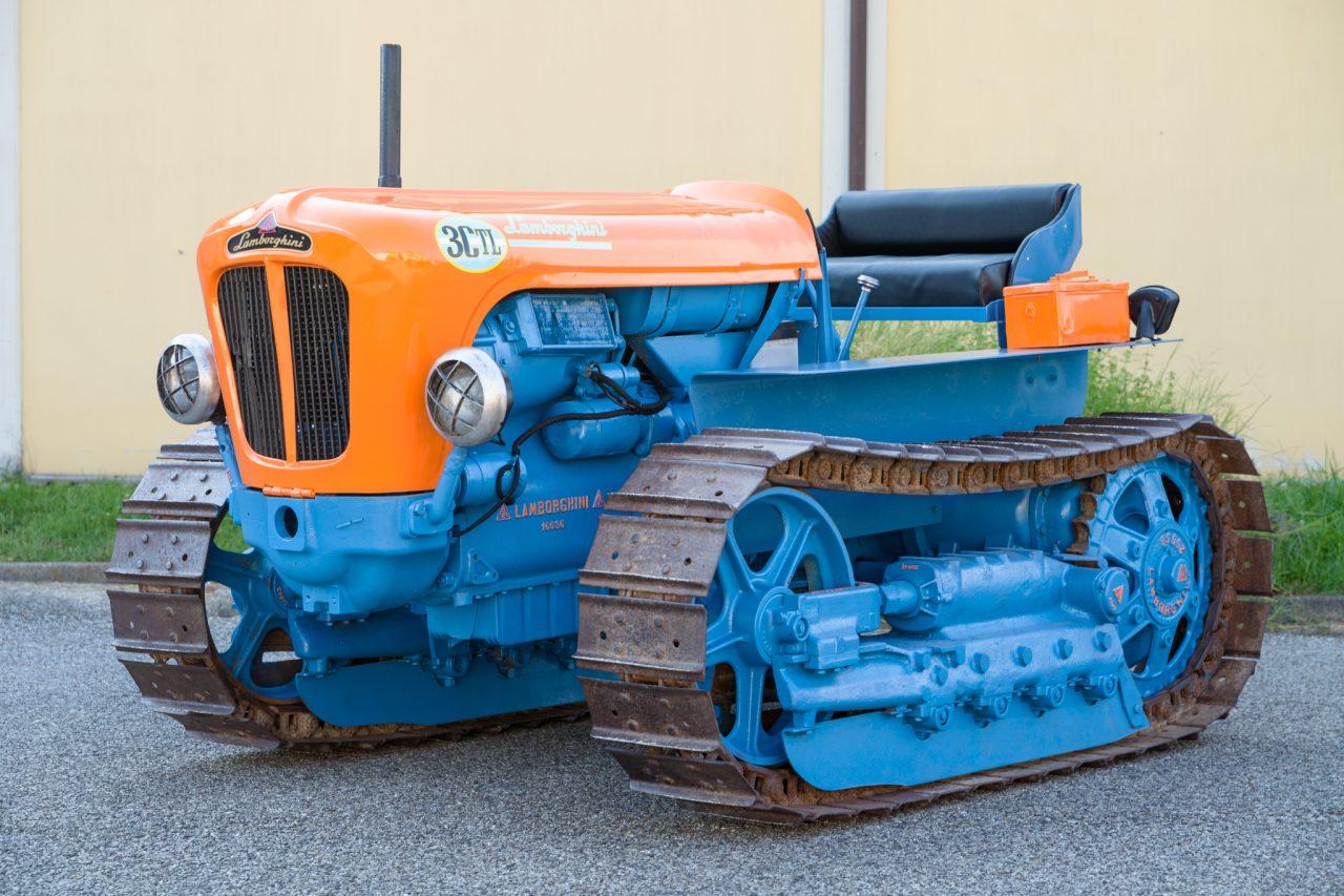 1965_lamborghini_2r_tractor_15803553109f98764dacingolato-0014_48426023242_o