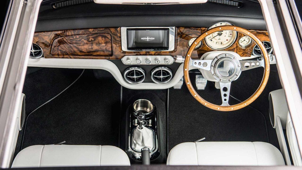 mini-remastered-sahara-gold-by-david-brown-automotive (4)