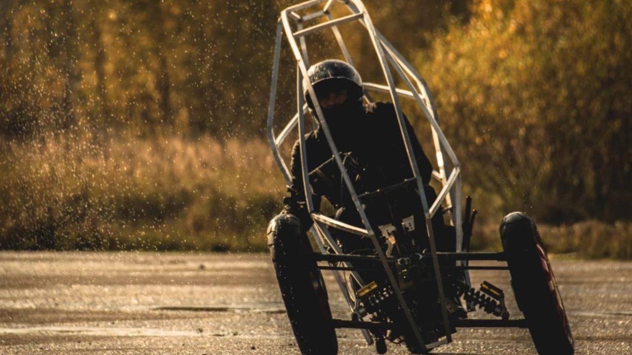 ako-is-the-electric-leaning-trike-that-feels-like-a-spaceship-on-wheels_8