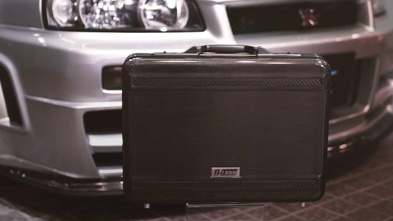 nissan-skyline-gt-r-r34-nismo-z-tune-carbon-fiber-briefcase (10)
