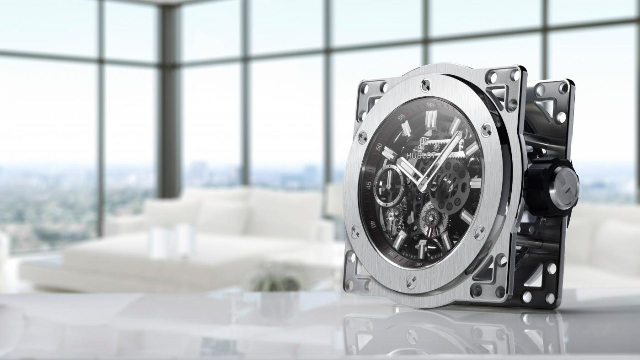 big-bang-meca-10-clock-lifestyle2