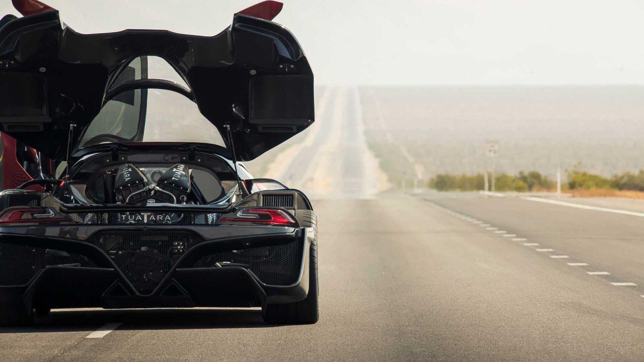 ssc-tuatara-becomes-the-fastest-production-car (6)