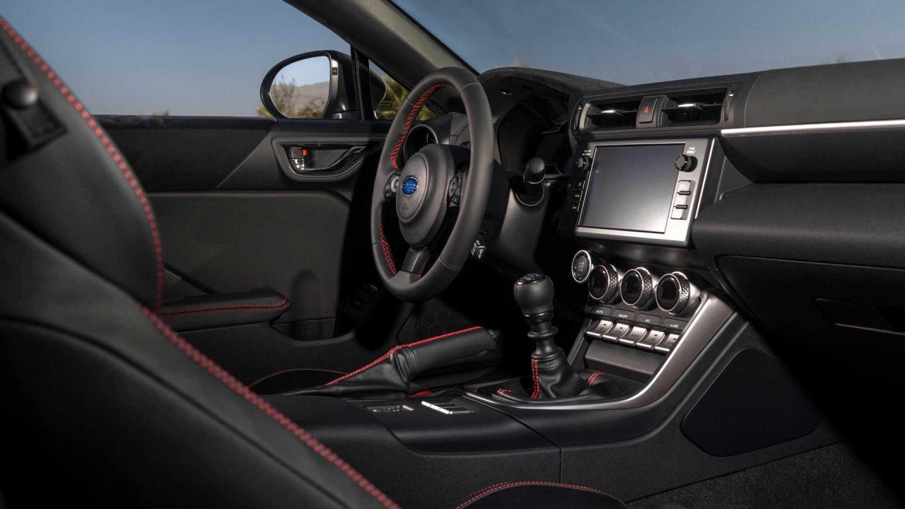 2022-subaru-brz-interior-cockpit