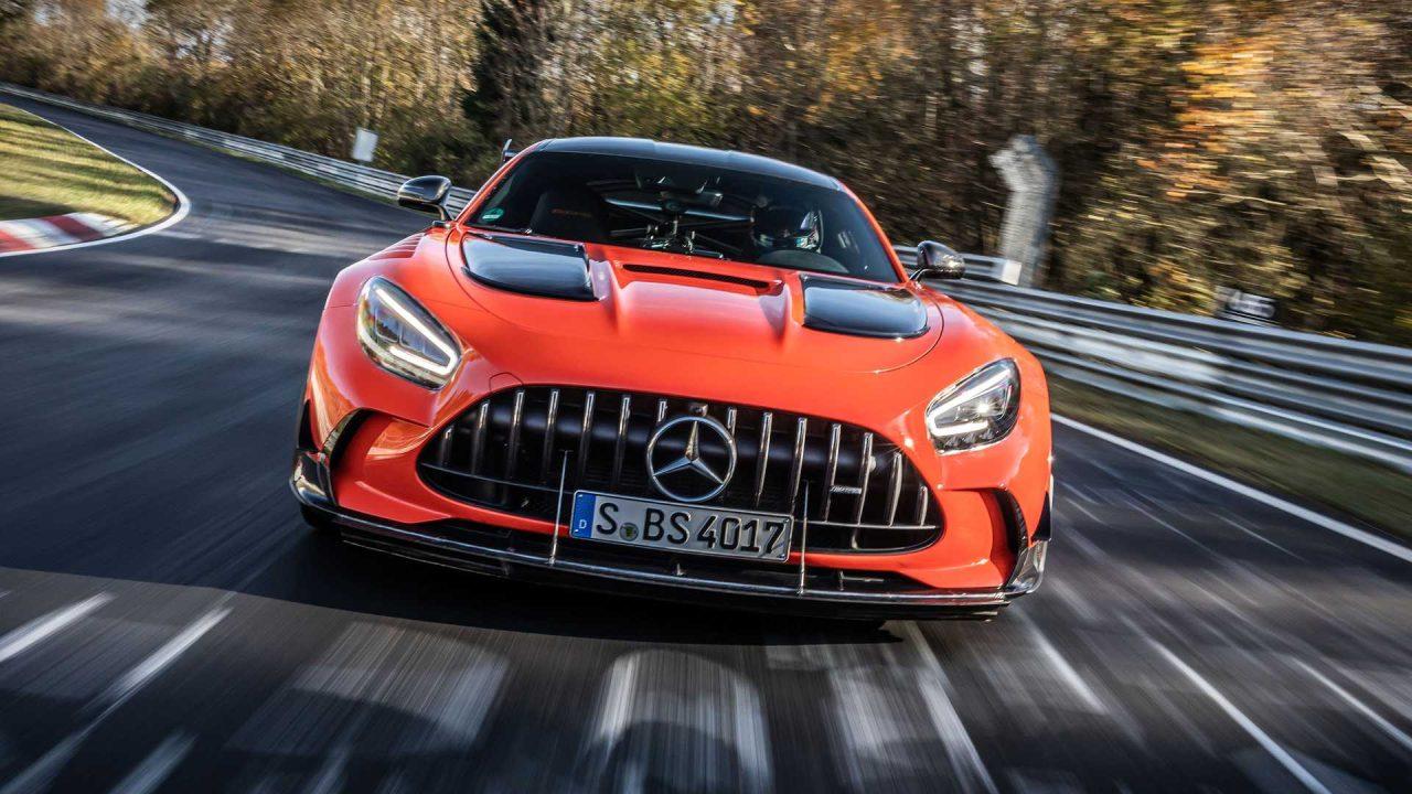 mercedes-amg-gt-black-series-on-track-during-nurburgring-record-run
