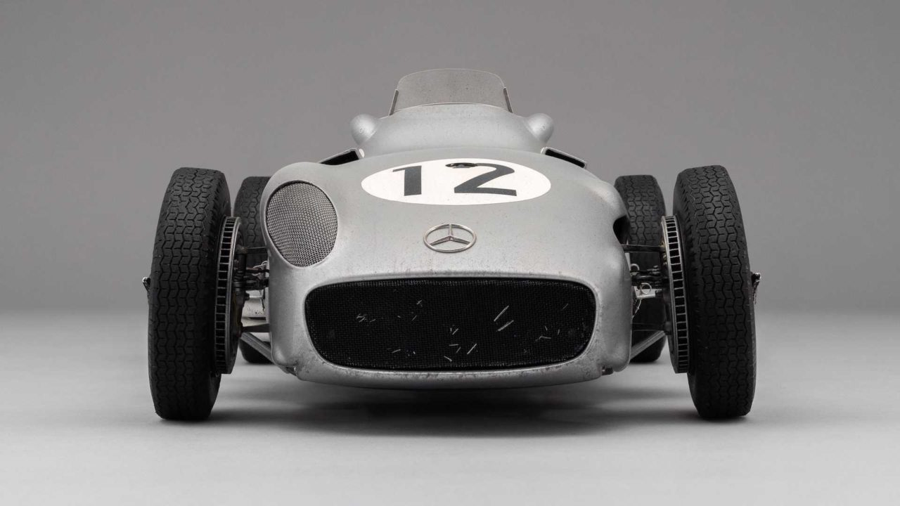 sir-stirling-moss-mercedes-w196-monoposto-by-amalgam-collection (15)