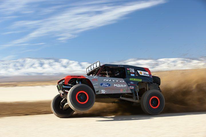 Ford-Bronco-Race-Trucks-04