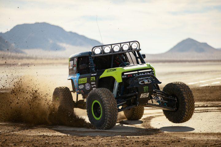 Ford-Bronco-Race-Trucks-07