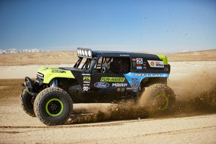 Ford-Bronco-Race-Trucks-08