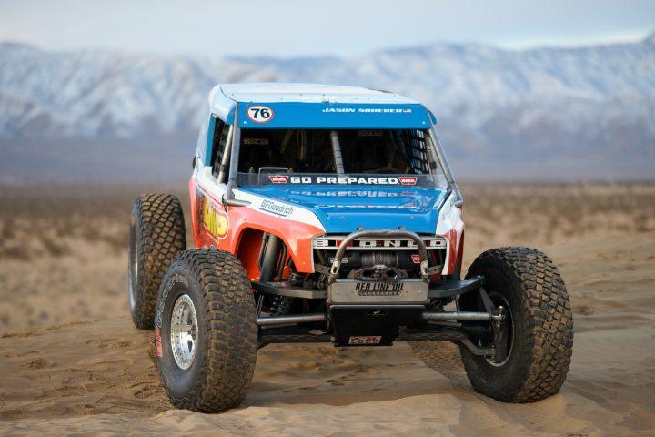 Ford-Bronco-Race-Trucks-12