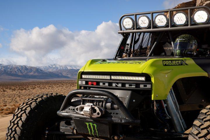 Ford-Bronco-Race-Trucks-15