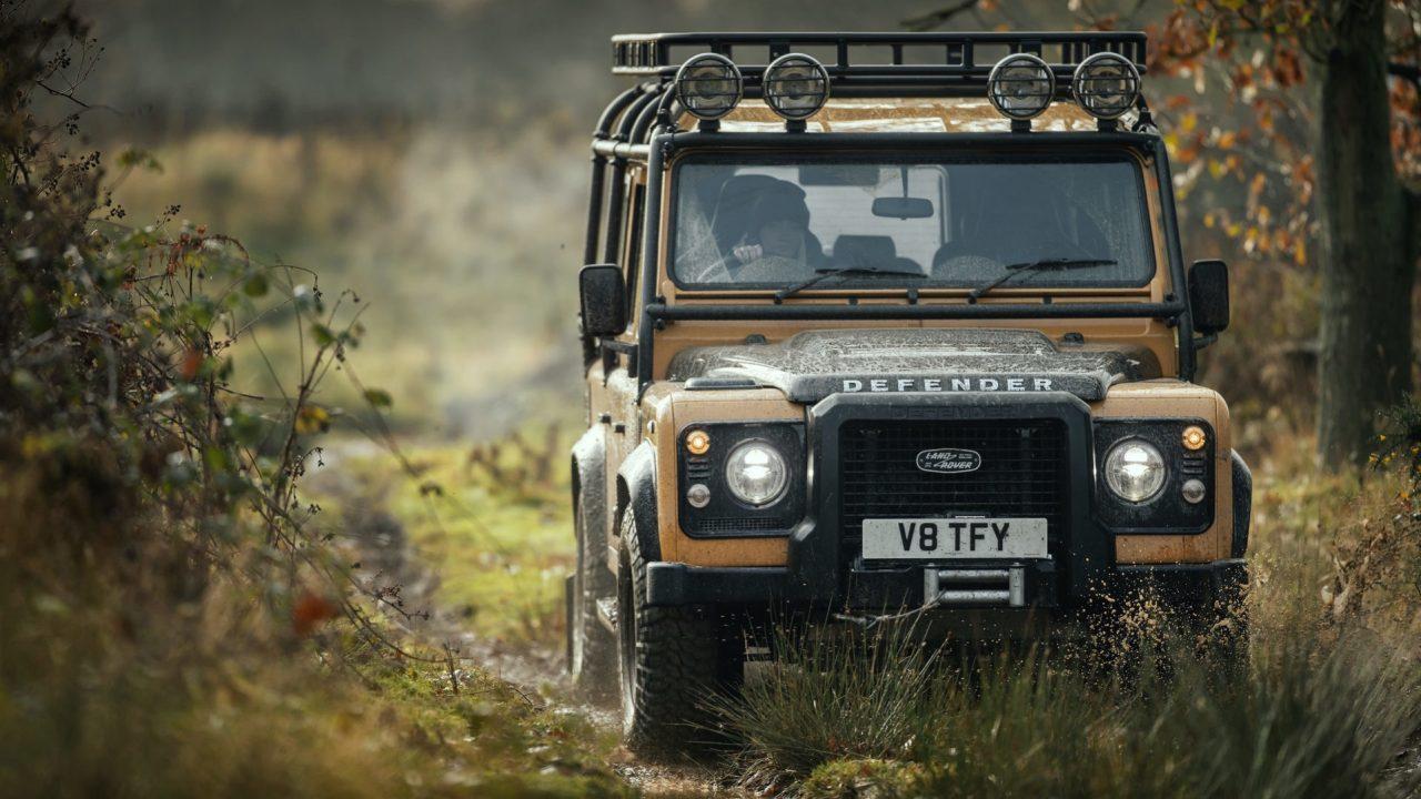 Land-Rover-Classic-Defender-Works-V8-Trophy-19