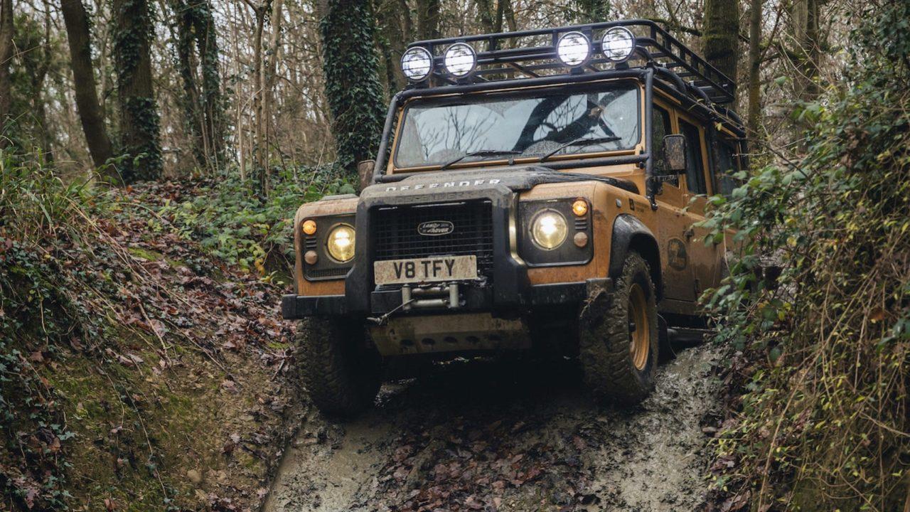 Land-Rover-Classic-Defender-Works-V8-Trophy-23