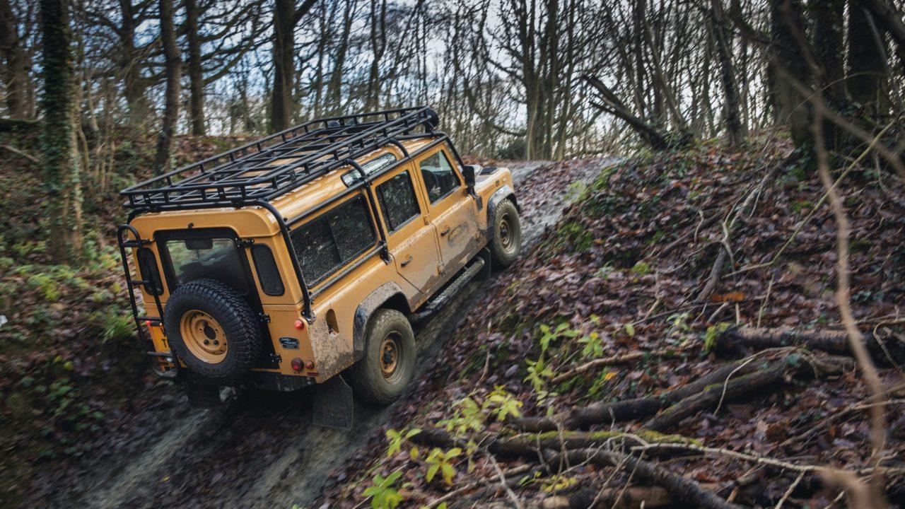 Land-Rover-Classic-Defender-Works-V8-Trophy-24