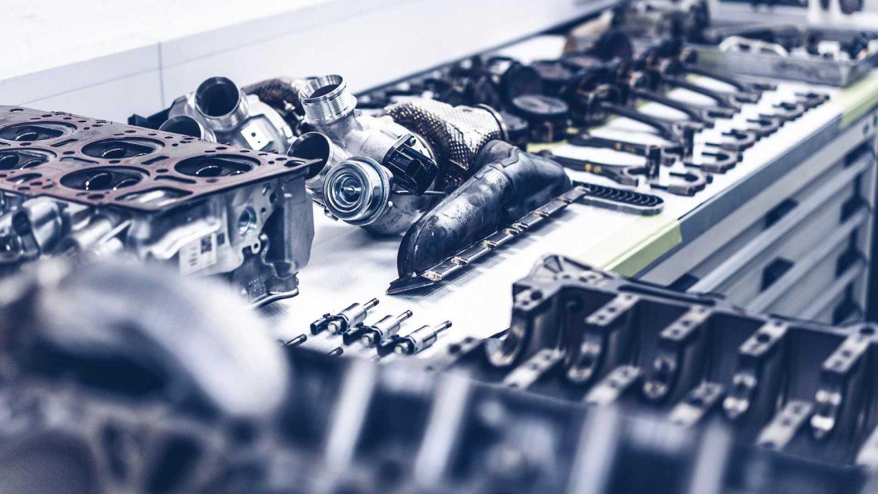 first-customer-bentley-bacalar-w12-engine (5)