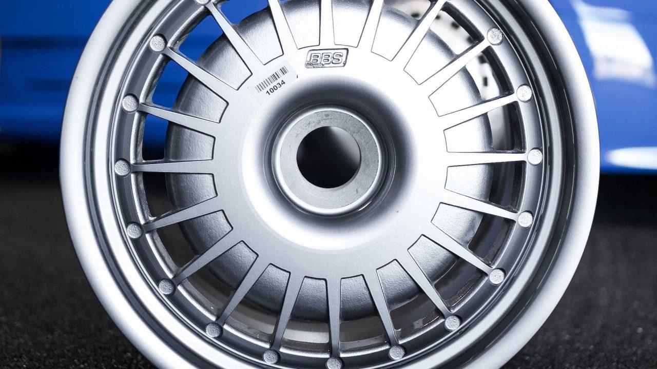 original-bugatti-eb110-gt-bbs-wheels-up-for-auction (1)
