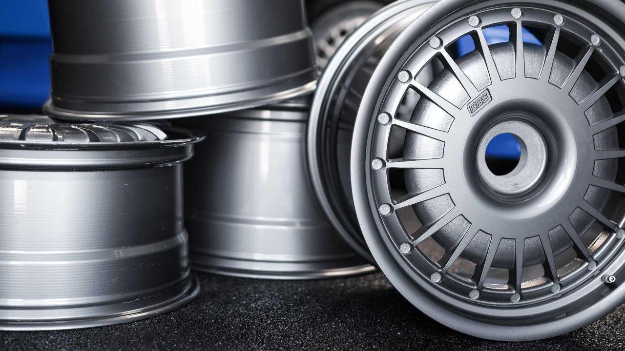 original-bugatti-eb110-gt-bbs-wheels-up-for-auction