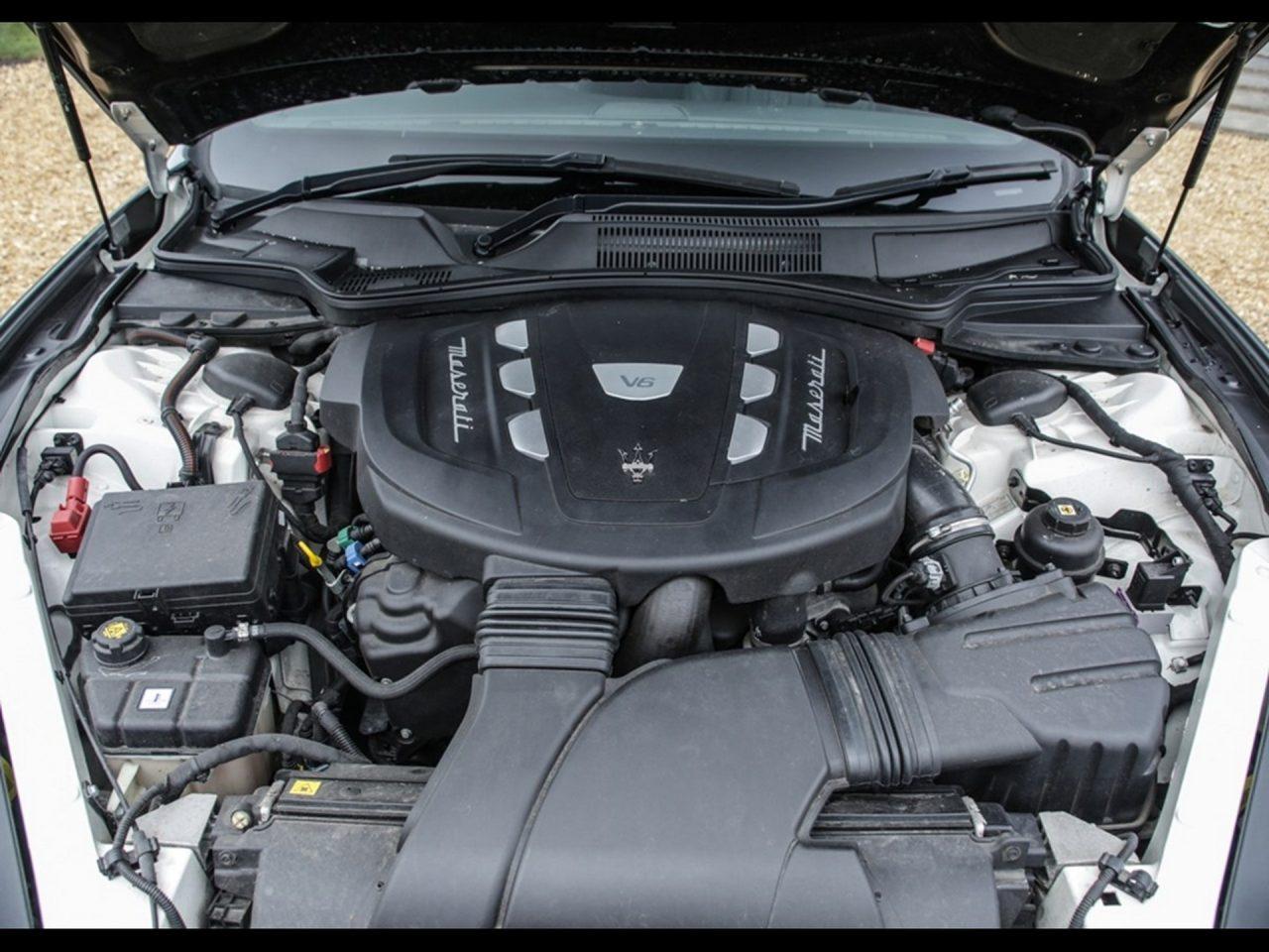 2016-Maserati-Cinqueporte-4