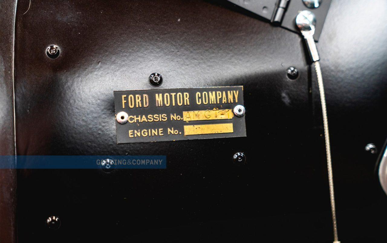 1966_Ford_GT40_Alan_Mann_Lightweight_118_dpbuk3