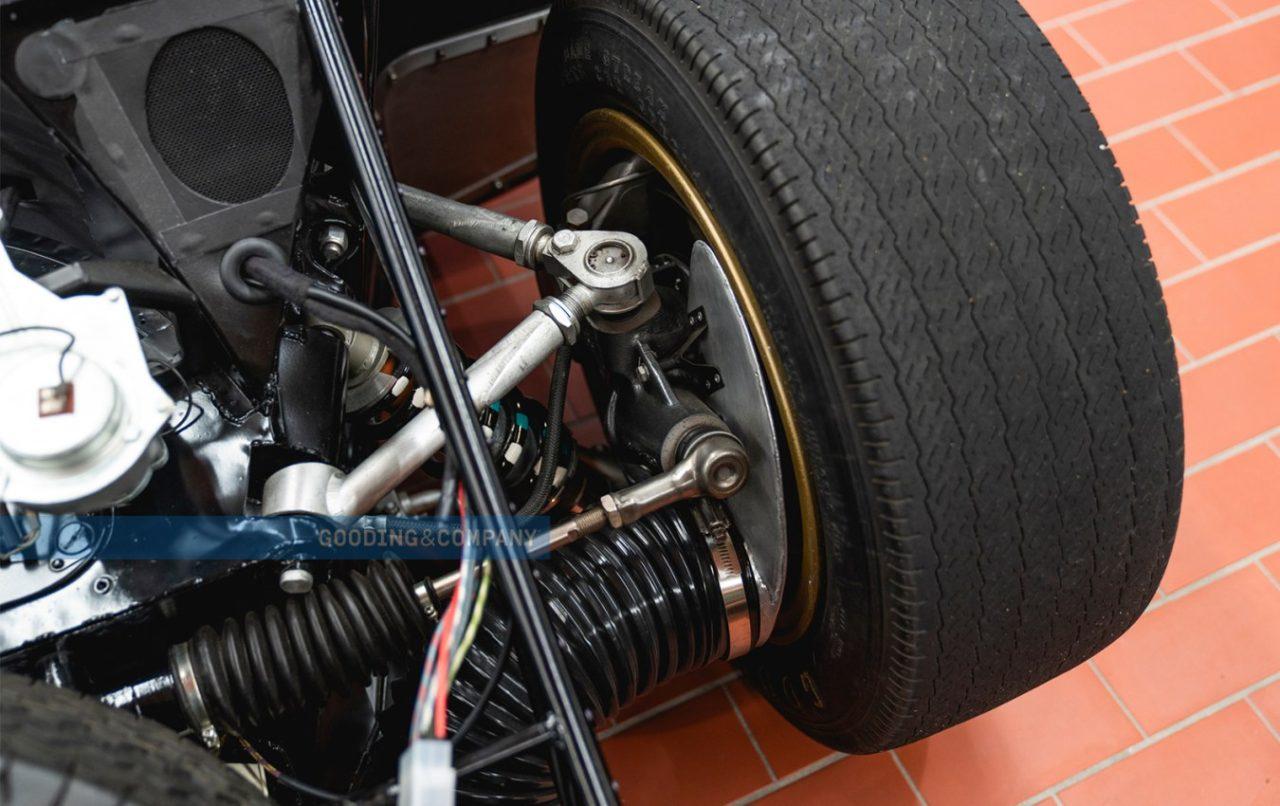 1966_Ford_GT40_Alan_Mann_Lightweight_157_fb9s3b