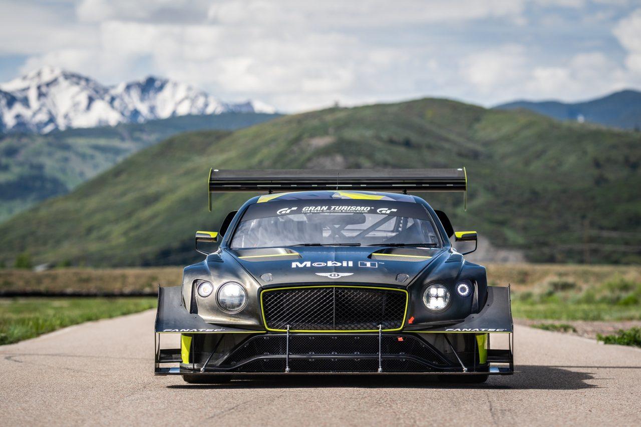 Fanatec-Bentley-GT3-Wheel-1