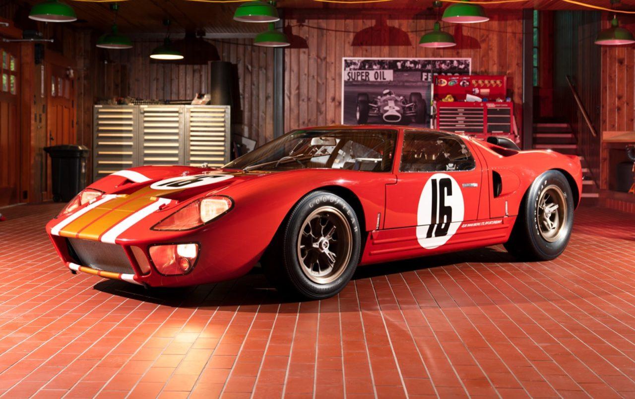 1966_Ford_GT40_Alan_Mann_Lightweight_5_fcl5gv (1)