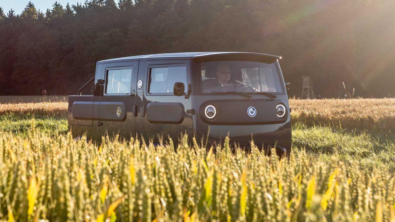 electric-brands-xbus-2022-fahraufnahme-vom-fullrunner-prototyp (1)