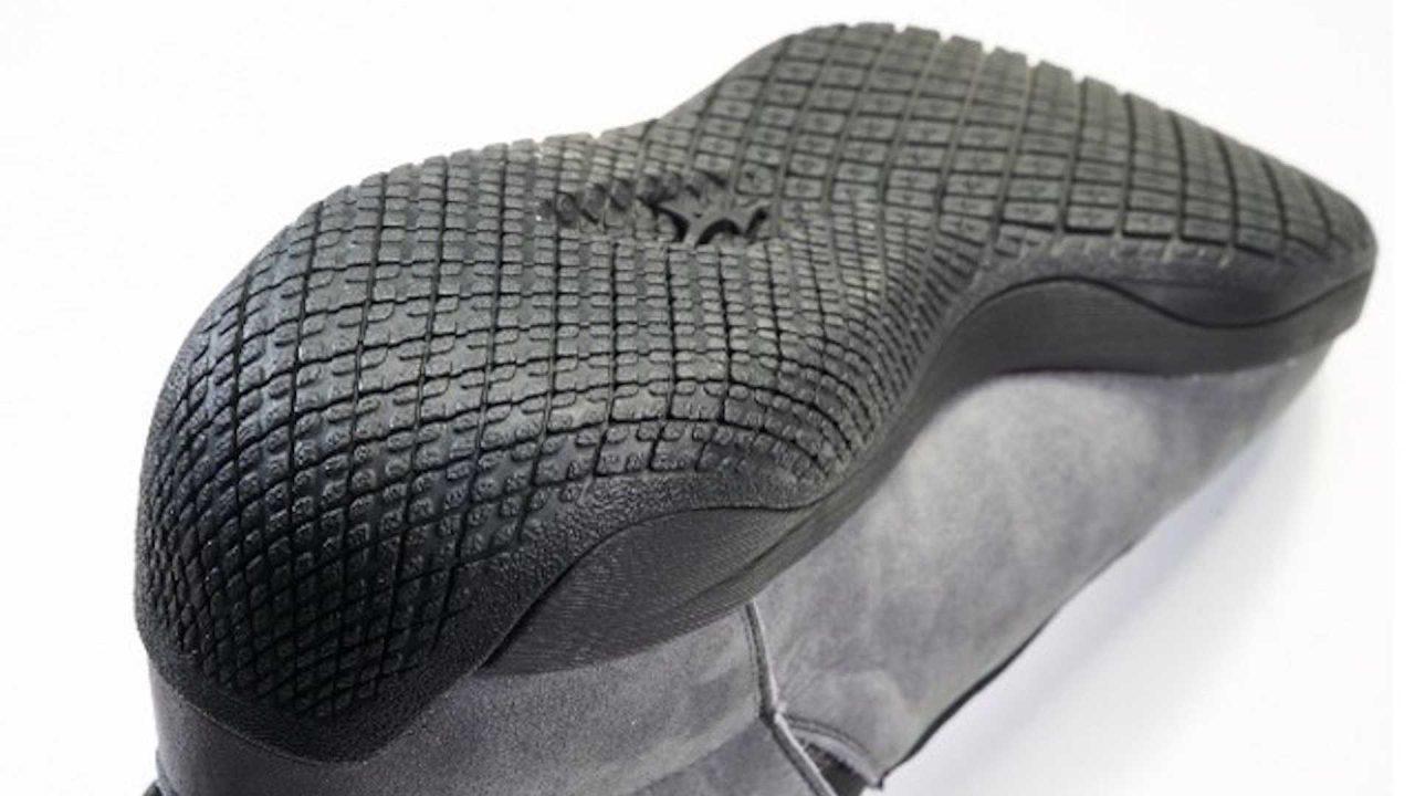 mazda-x-mizuno-driving-shoes (3)