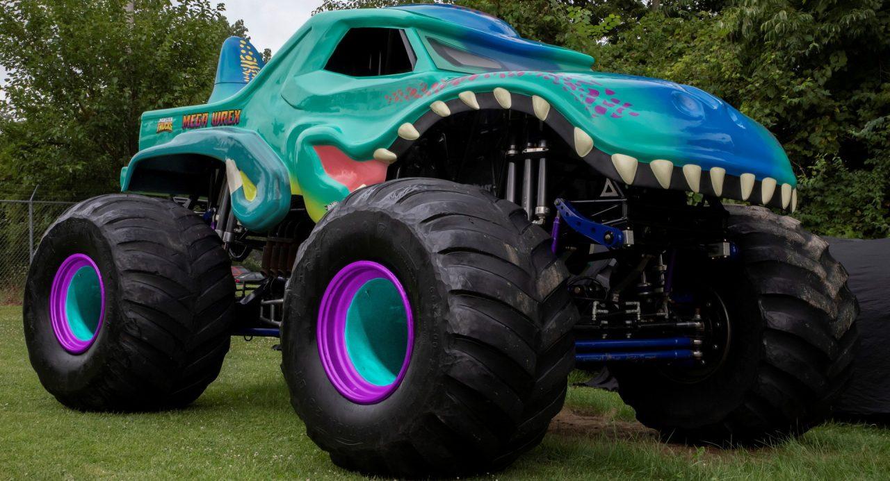 2021-Hot-Wheels-Monster-Trucks-Live-16