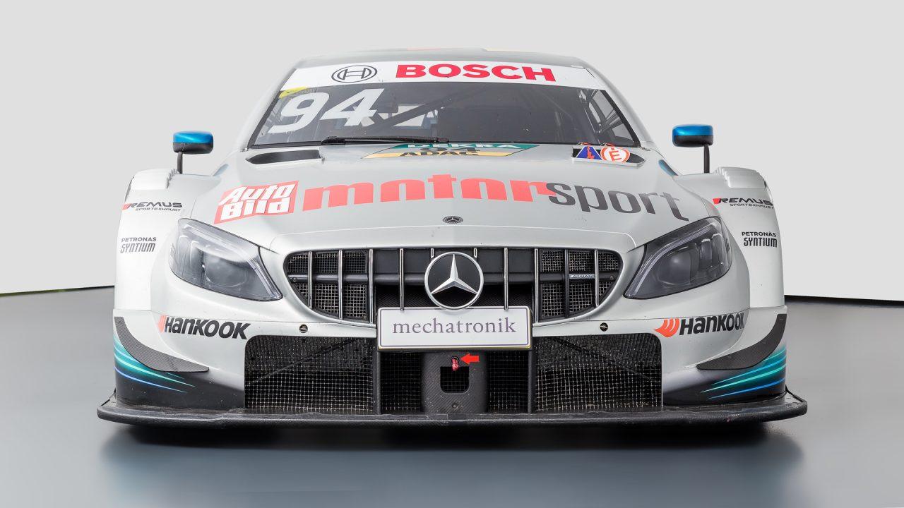 Mercedes-Benz_C63_DTM-1