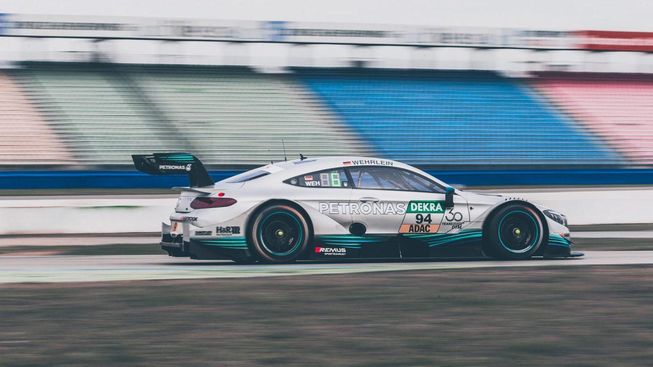 Mercedes-Benz_C63_DTM