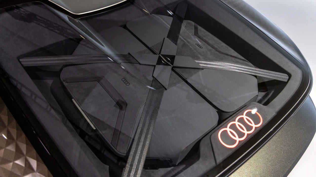 audi-skysphere-concept-trunk